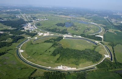 An aerial photo of the Fermilab site from 2006