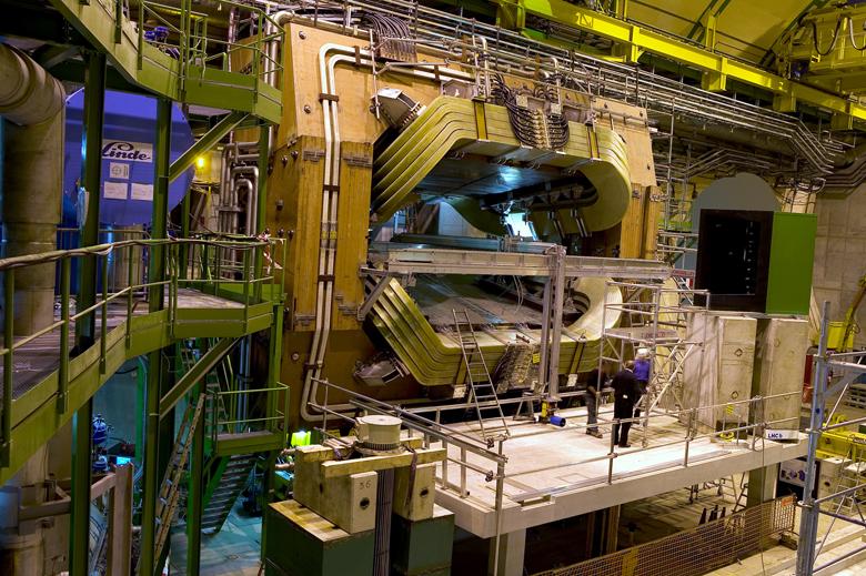 external image LHCb%20detector.jpg